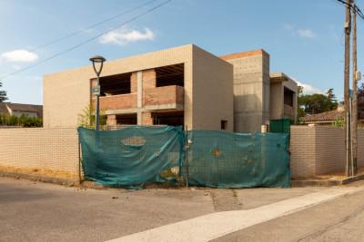 Casa Apareada Obra Nueva